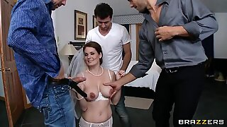 Allison Moore feels the cunt straining action