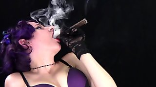 Nadine Purple Bra Cigar