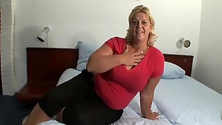 Big beautiful woman Incredibly hot clitoris