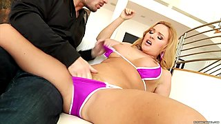 Krissy Lynn wraps her lips around this stiff shaft