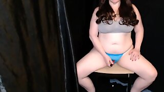 BBW Milf Masturbating on Cam cracks chair with orgasm