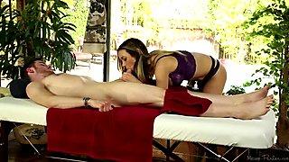 Blowjob During Nice Massage