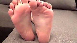 Goddess foot domination POV