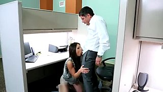 Wow sucking action by office whore Giselle Leon