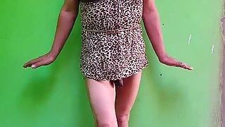 Me encanta mostrar mi cuerpo sin calzoncito