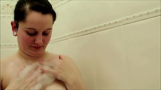 joedoesporn: Wife Bathtime (POV, Blowjob, Cum on ass)