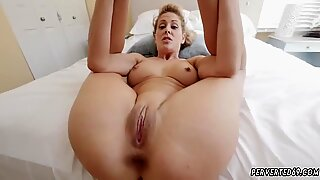 Fat mom fucks milf Cherie Deville caught her stepcomrade s son in her room jacking off
