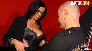 AmateurEuro - Lucky Guy Bangs With A Hot MILF From Tinder