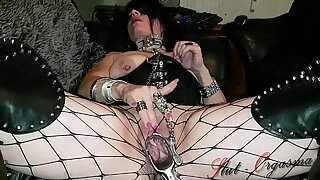 Slut-Orgasma Celeste Masturbating with a Speculum and Cumming Hard.