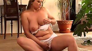 Chubby mature mom in big white panties