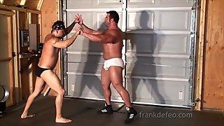 Monster Muscle Wrestling