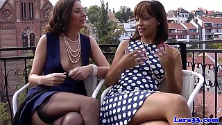 Glamour milf fingered by ebony babe