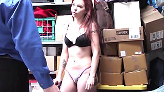LP Officer fucks Cassidy Michaels doggy
