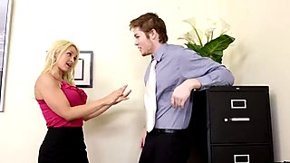Blond Boss Sarah Vandella Seduces