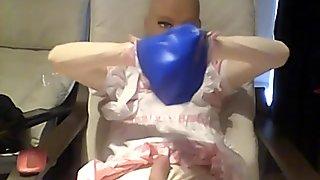 FEMALE MASK BREATH PLAY