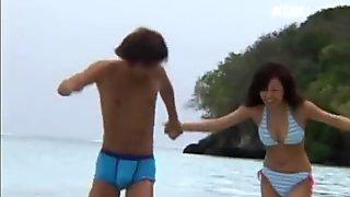 AzHotPorn.com - Tropical Bikini Beach Sex Live