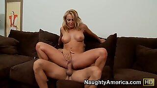 Brenda James pleasures muscled stud Ramon Nomar