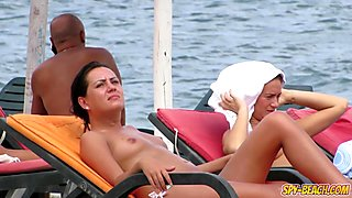 Close-Up Gorgeous Topless Voyeur Beach Teen