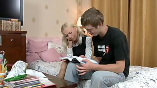 Petite teen blonde gets fingered had in HD teen se
