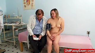 Unlovely oma gyno speculum muff checkup