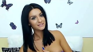 Beautiful Super Hot Cam Girl 4 You -Part 2 on CamMixer.com